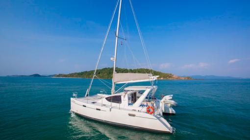 Isabella Yachts - Admiral-40 Pic2