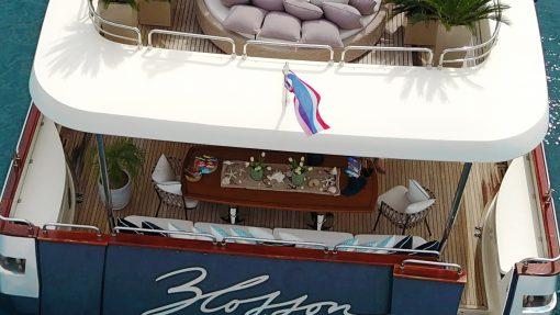 Astondoa 102 GLX - phi phi island private boat tour