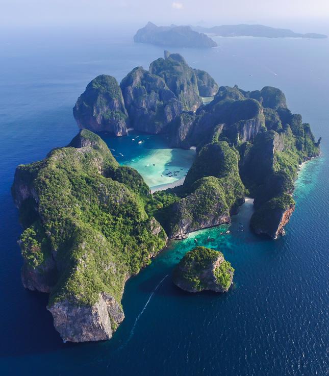 Yacht on Rent - Destination Phuket Phi Phi Pic1