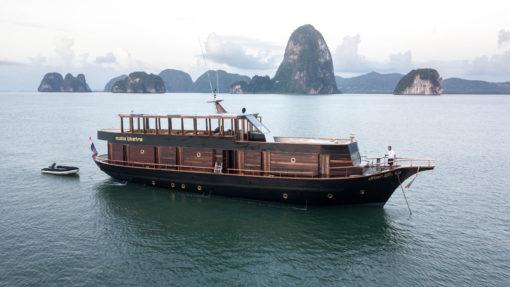 Isabella Yachts Phuket : Maha Bhetra private boat on rent_pic1